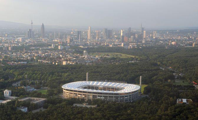 guía de Frankfurt - Commerzbank-Arena