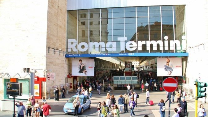 C mo llegar a roma aeropuerto de fiumicino y ciampino for Como llegar de barcelona a paris