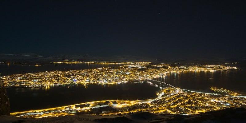 La vida nocturna en Tromso