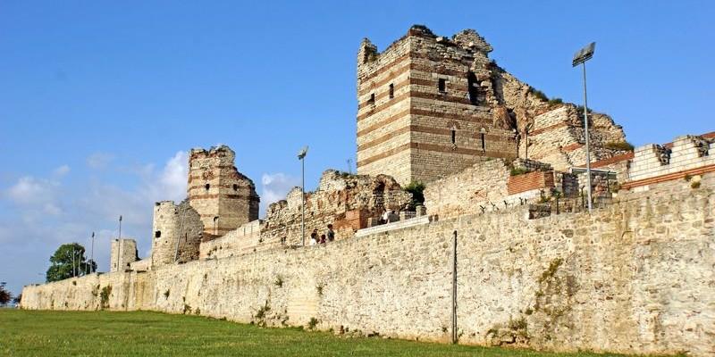 Las Murallas de Constantinopla, Estambul