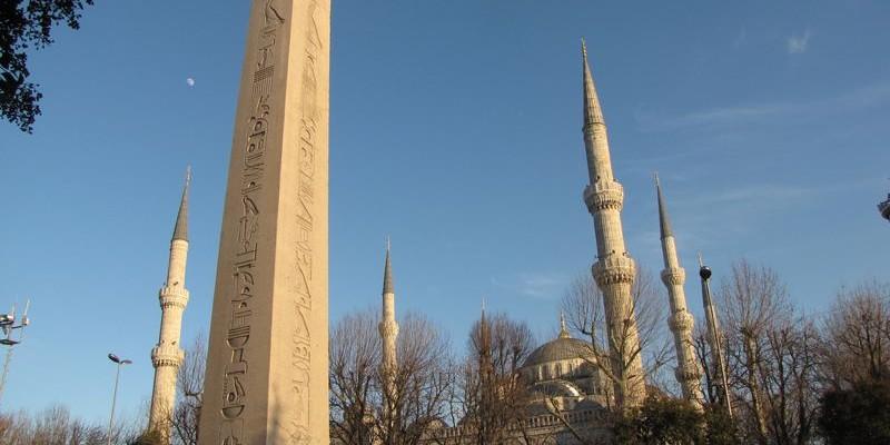 Obelisco de Teodosio, Estambul