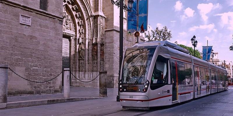 El transporte en Murcia | Tranvía, autobús, taxi