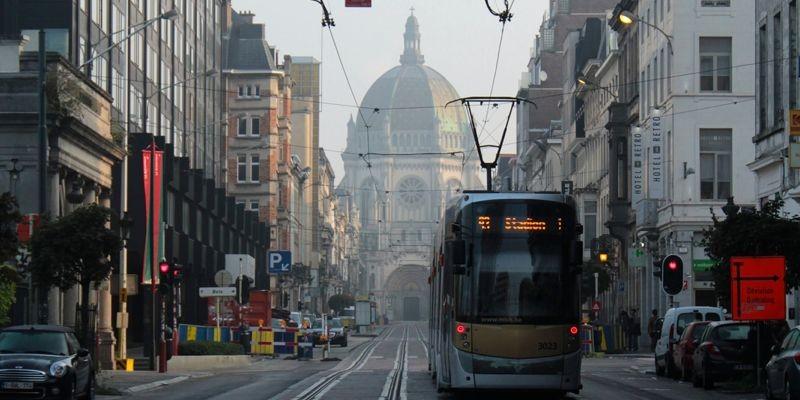 Calle Real de Bruselas | Plaza del Congreso | Qué ver